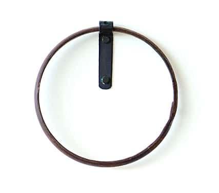 iron Hub Winery Symbol